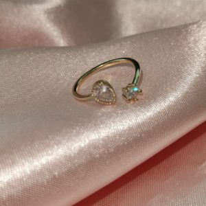 Anillo ajustable en baño de oro con cristales