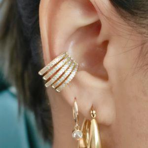 Ear Cuff con piedras baño en oro
