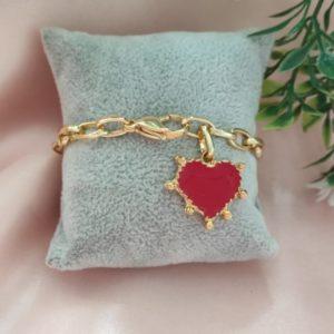 Pulsera de corazón rojo