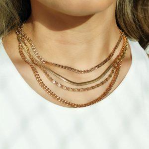 Collar cadena tejido cubana