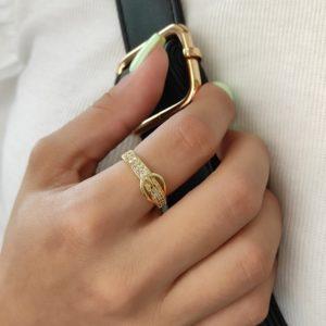 Anillo de cinturón ajustable con baño de oro